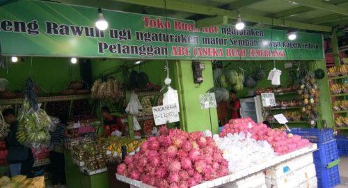 Toko Buah di Semarang